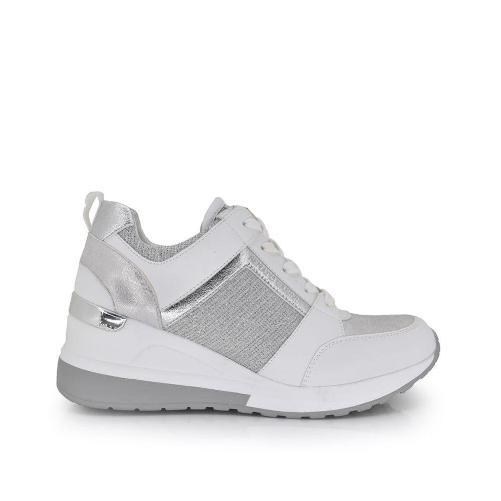 sneaker con plataforma cuña blanco y plata con cordoneras