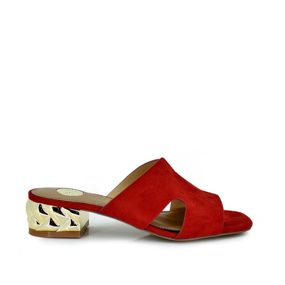 Mule tacón pala con aberturas rojo