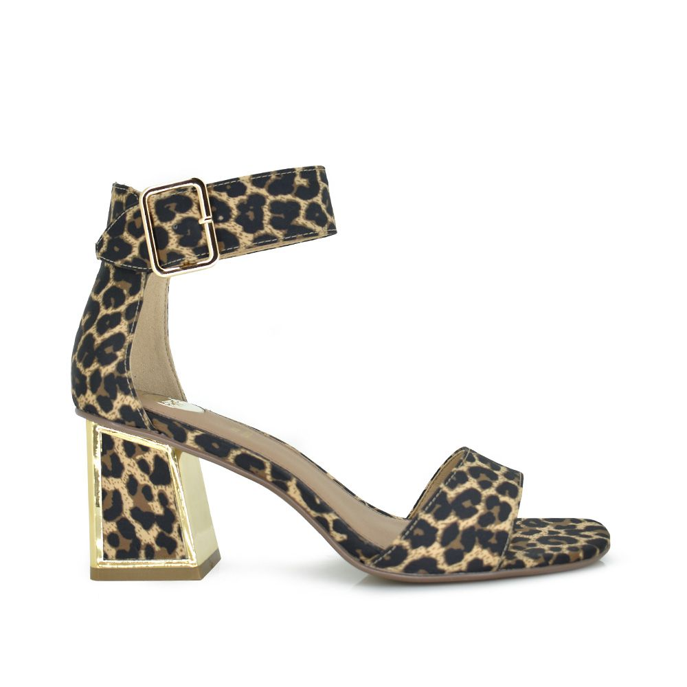 Sandalia de tacón estampado leopardo